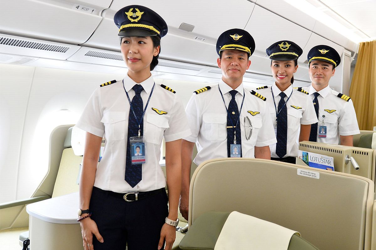 Many Pilots Accuse VNA of Unfair Treatment, Ask to