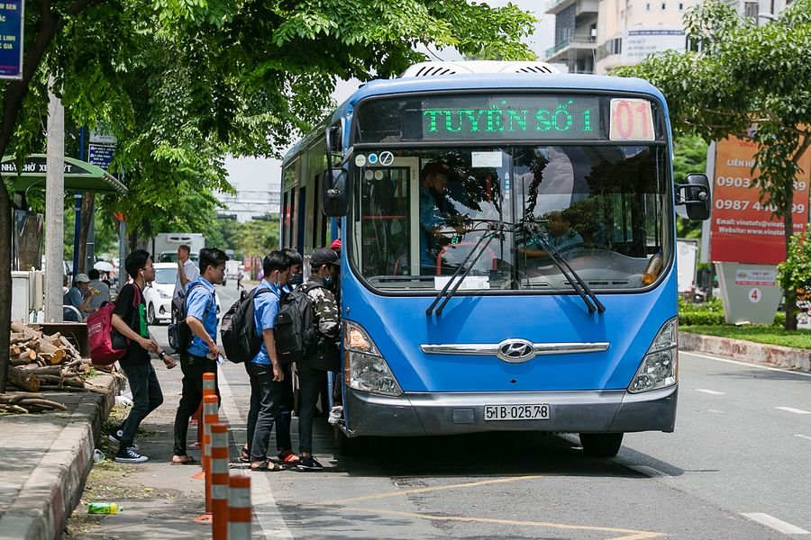 Saigon Needs Smart Cards for Public Transport Instead of Single-Use Tickets: Experts