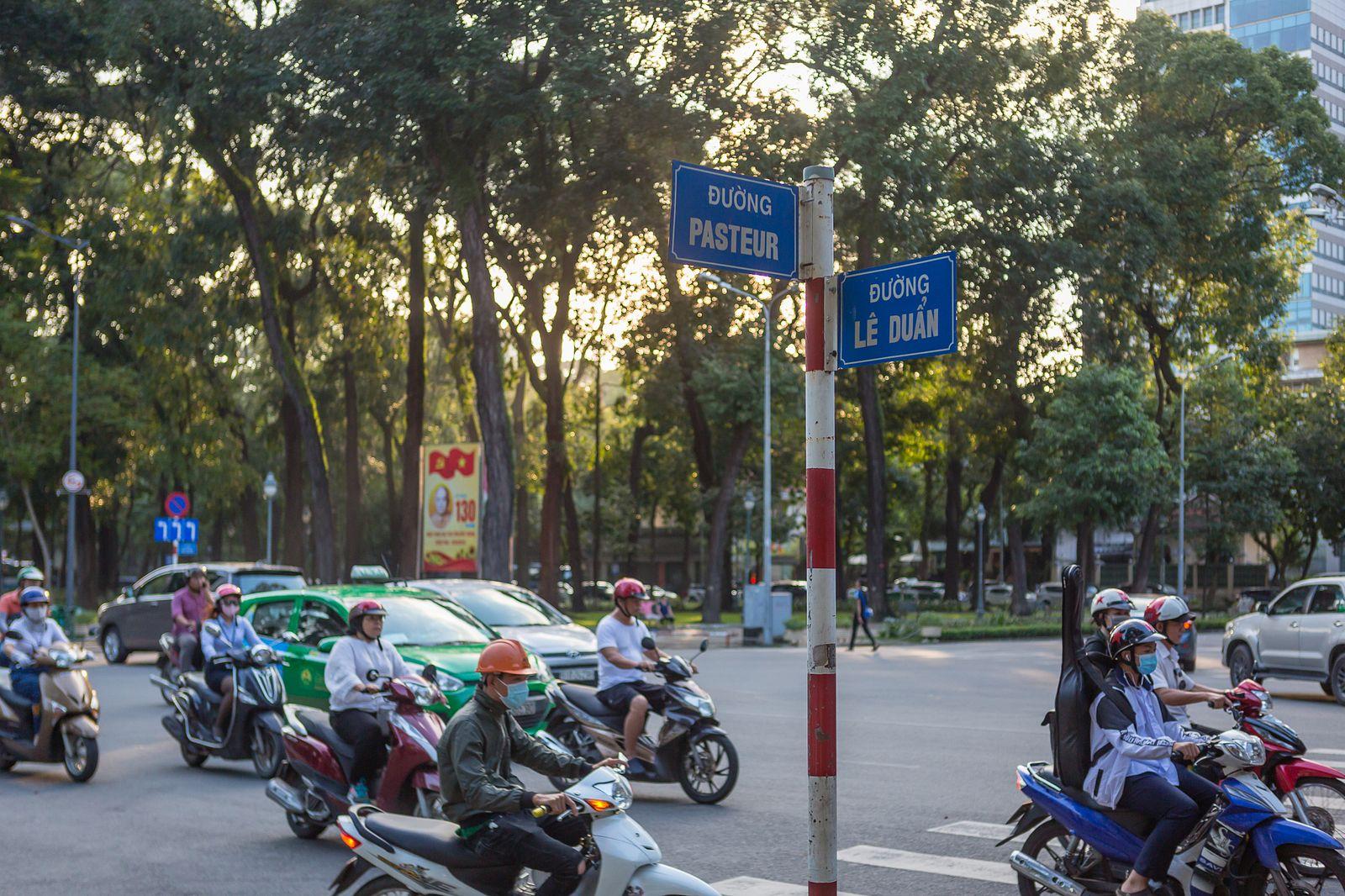 Morning Stories Roundup: HCMC Speeds up Work on 4 Underground