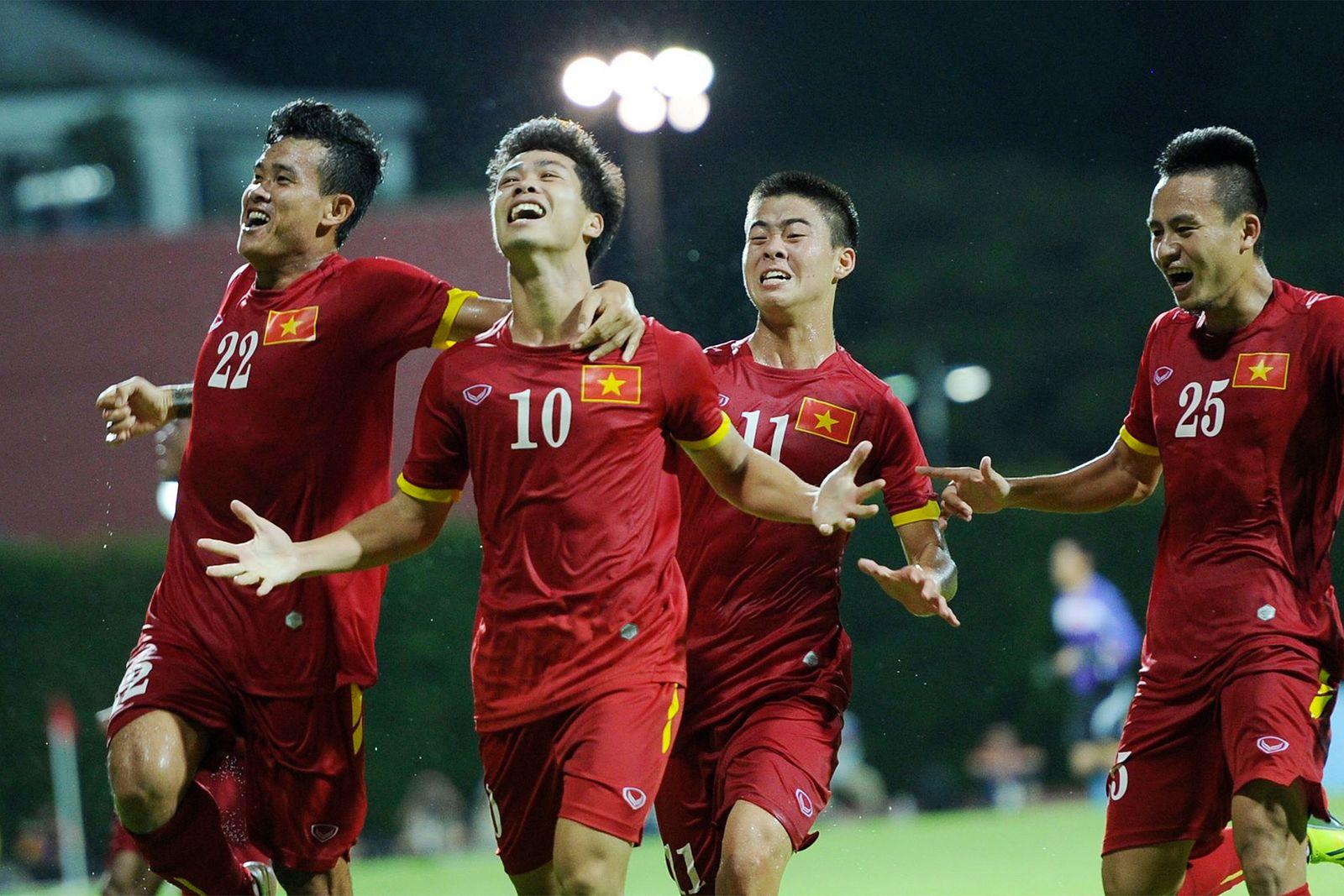 Vietnam Men's Football Team Enters World's Top 100 Again