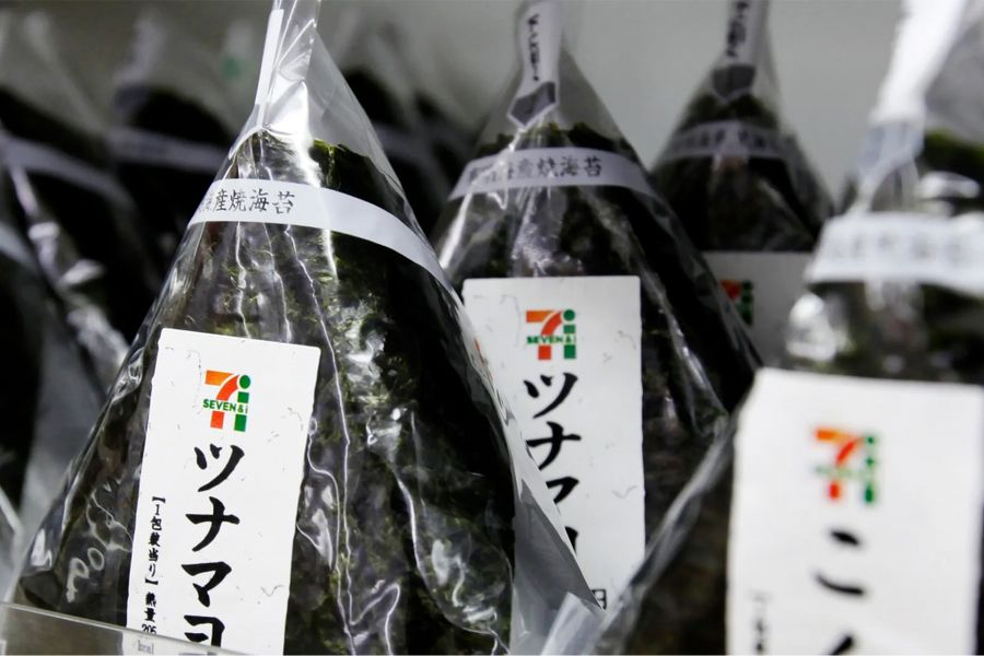 7-Eleven Japan to Replace Plastic Onigiri Wrapping With Bioplastic Version