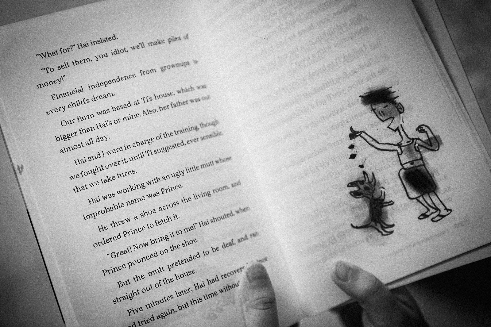 bookshelfinside1b