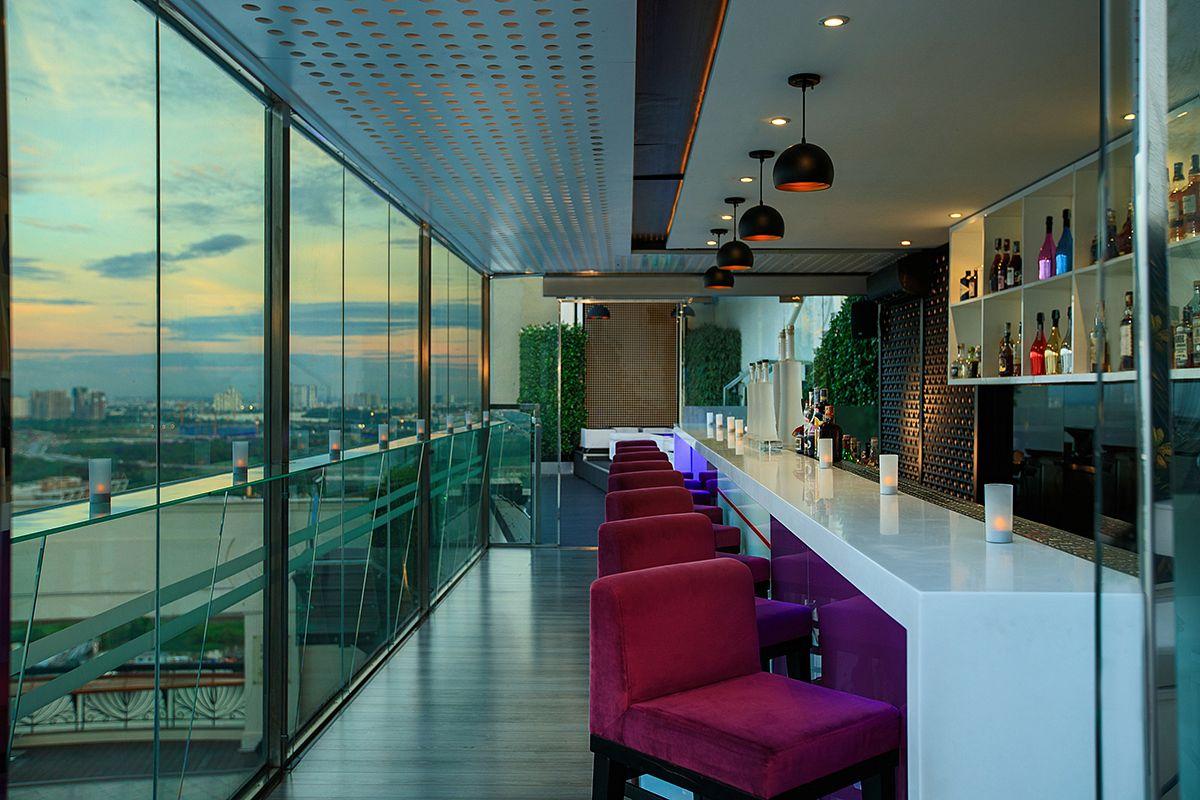 liquid sky bar saigoneer. Black Bedroom Furniture Sets. Home Design Ideas