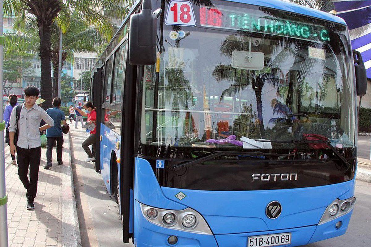 Saigon Launches 3 'Model Bus' Routes With Free WiFi