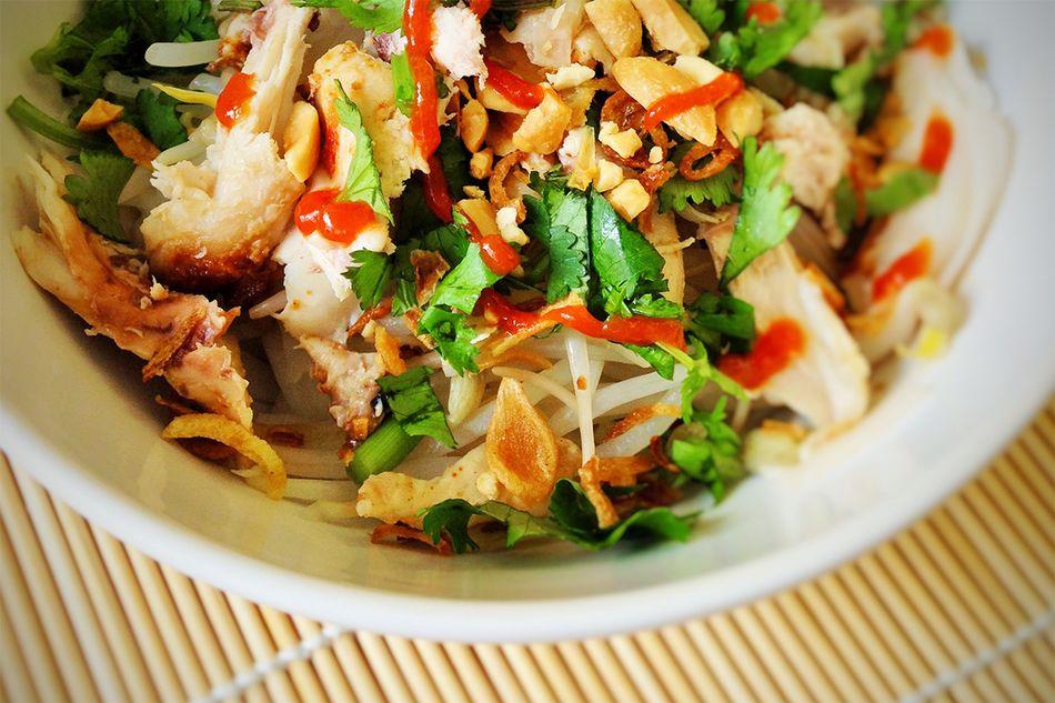 how to make noodle salad