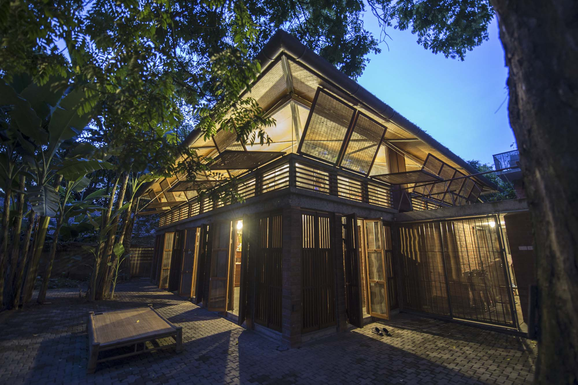Gentle House Taps Traditional Vietnamese Architecture