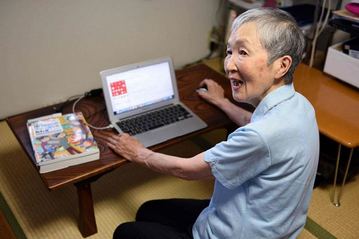 82-Year-Old Japanese Coder Creates Apps for the Elderly