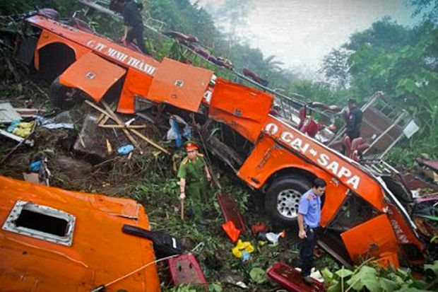 12 Dead, 41 Injured After Illegal Bus Falls Into Gorge Near
