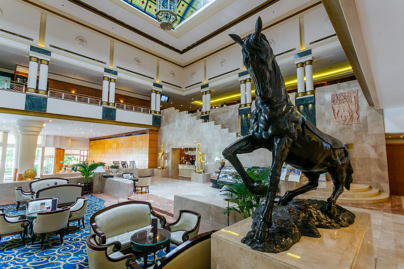 How LOTTE Legend Saigon Caters to Foreign Business Travelers and
