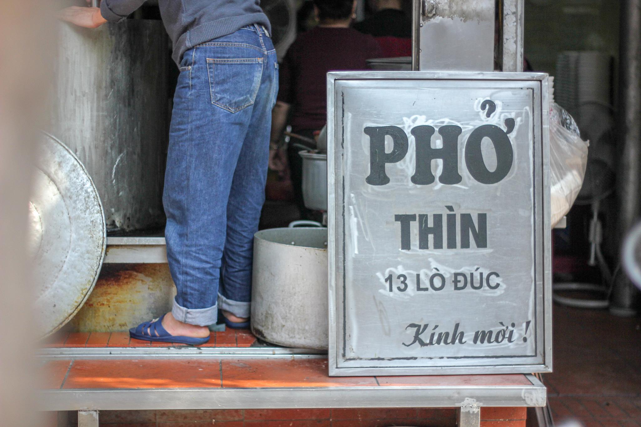 Hanoi's Legendary Pho Thin Opens Restaurant in Tokyo
